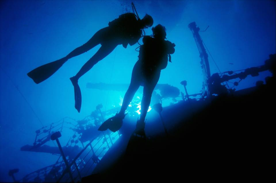 divers-lodge-wreck-diving-week